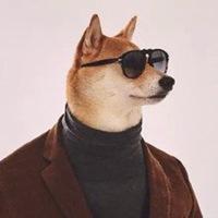 柴犬戴眼镜穿西装高领毛衣绅士微信头像